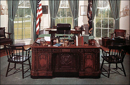 kennedy oval office. I Was Let In Just After Stone And His Cast (including Anthony Hopkins) Crew Had Finished Filming. It Sometime Around February Or March Of \u002795. Kennedy Oval Office