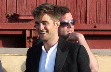 Who Is Robert Pattinson Currently Hookup